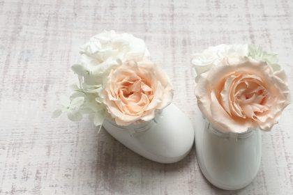陶器 ベビーシューズ オレンジ プリザーブドフラワー 花 アレンジメント
