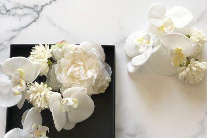 和装打掛 婚礼用髪飾り 紅白 豪華 鶴 模様 美しい 打掛 白一色 デザイン