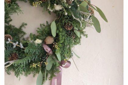 クリスマス リース リボン 結び目 飾り方 ポイント 今年